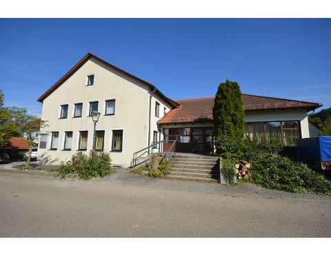 Gewerbe – Nittendorf